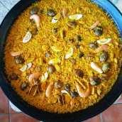 Paella de Langostinos, Pollo y Almejas
