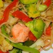 Tallarines Salteados con Verduras y Soja