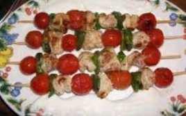Brochetas Solomillo, Cherrys Y Roquefort