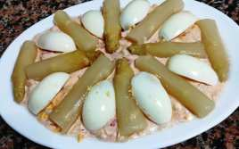 Ensaladilla de Cangrejo con Espárragos y Huevo