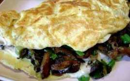 Omelette De Champiñón Y Queso