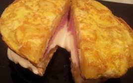 Omelette de Patatas con Jamón y Queso