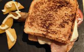 Sandwich Especial con Pollo