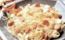Tallarines Con Nata, Salchichas Y Bacon
