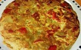 Tortilla De Patatas Y Pimiento Rojo