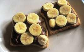 Tostada Caliente de Chocolate y Plátano