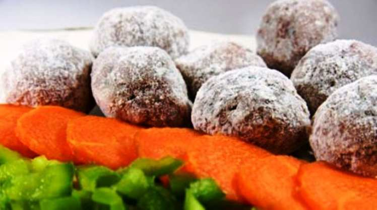 Albóndigas de Ternera en Salsa de Uvas