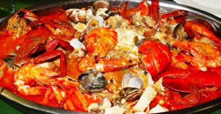 Caldereta de pescado y marisco mis recetas caseras for Canelones de pescado y marisco