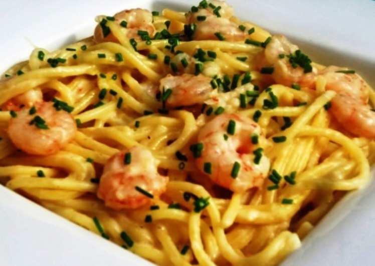 Espaguetis con Gambas y Puerro