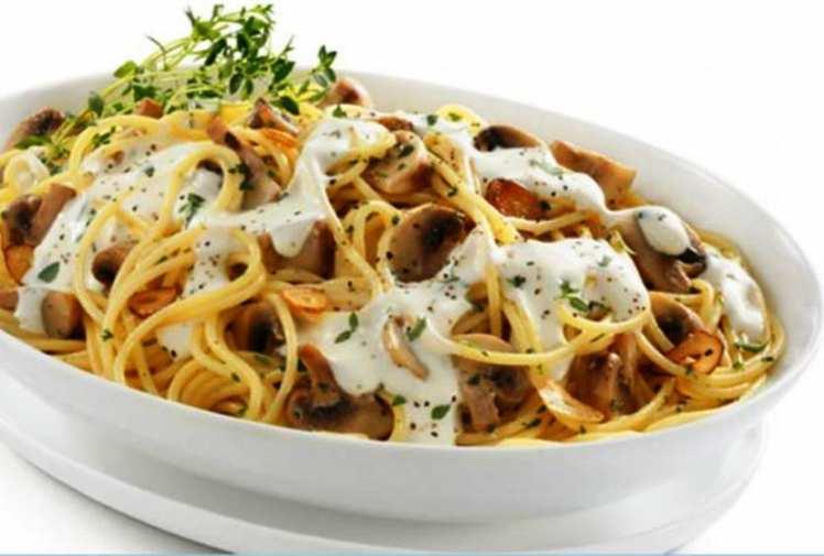 Espaguetis con pollo y champi ones mis recetas caseras - Espaguetis con gambas y champinones ...