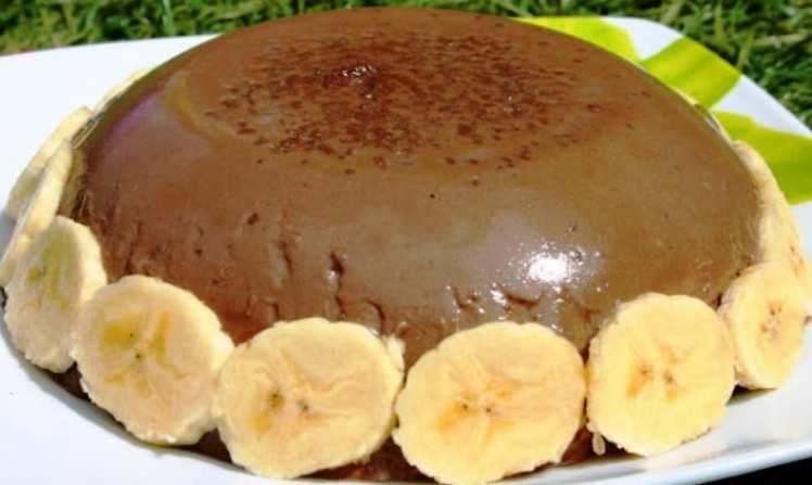 Flan de Chocolate y Plátanos sin Huevo