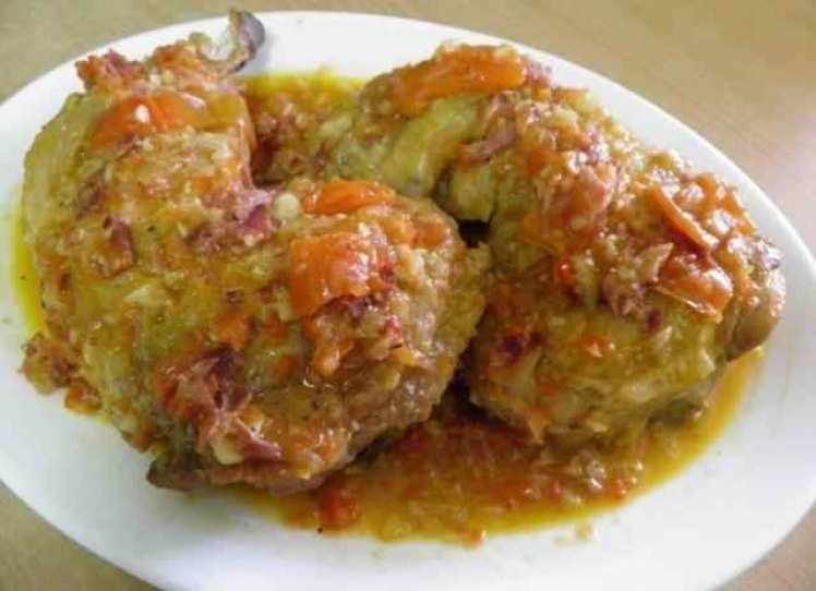 Muslos De Pollo Al Chilindrón