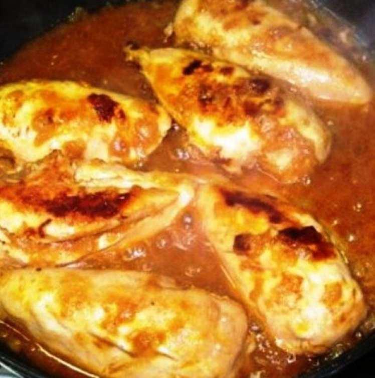 Pechugas de Pollo con Salsa Picante
