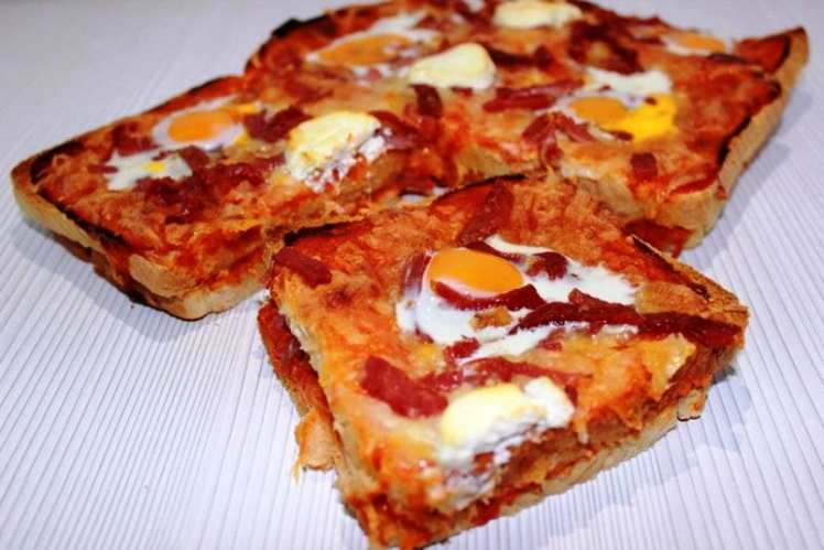 Pizza con Pan de Molde