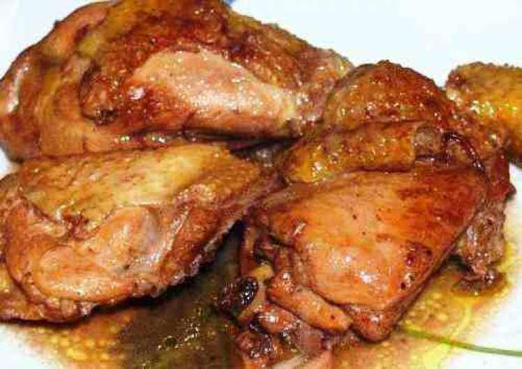Pollo Con Pasas Y Canela