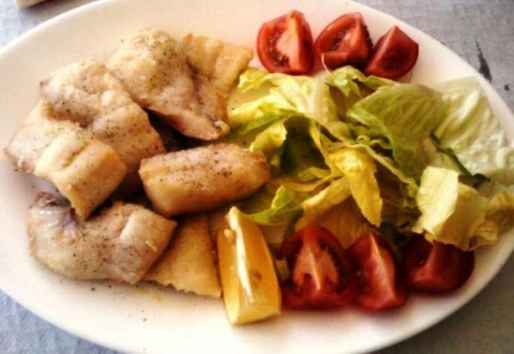 Tacos de Merluza con Ensalada