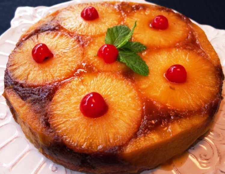 Tarta Casera de Piña