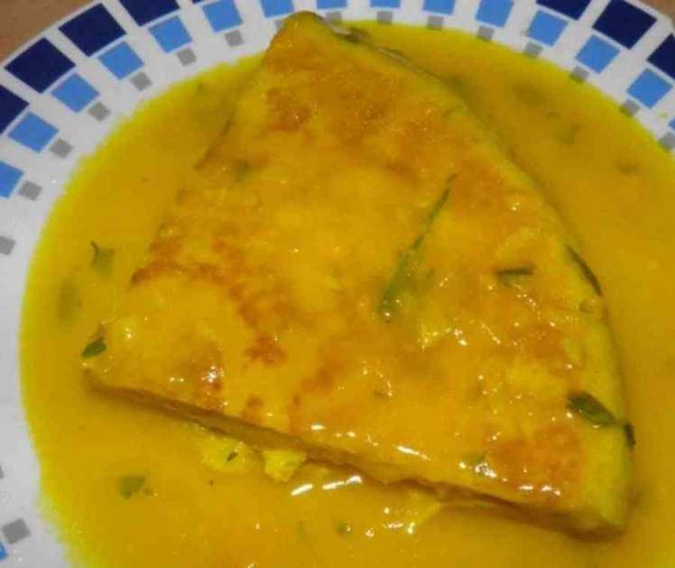 Tortilla De Patatas En Salsa Verde