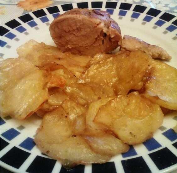 Solomillo de cerdo al horno con patatas mis recetas caseras - Solomillo a la pimienta al horno ...
