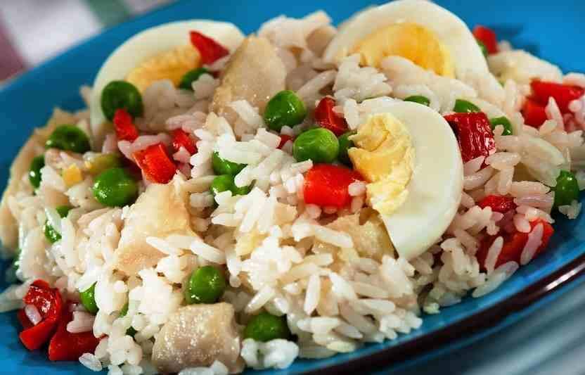 Receta ensalada de arroz huevo y pescado mis recetas - Ensalada de arroz light ...